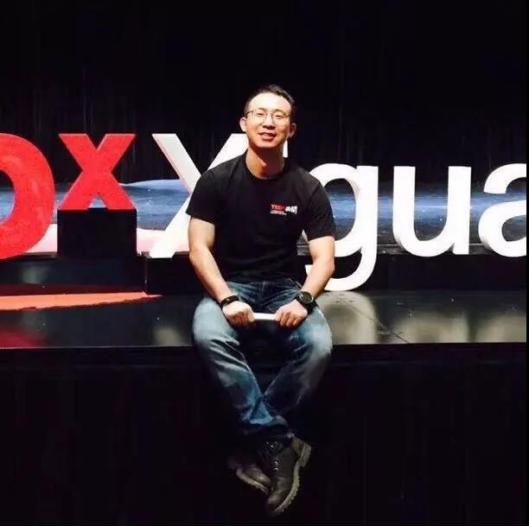 (业余时间参与TEDx Xiguan活动留影)